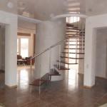 Лестницы на больцах: фото 17