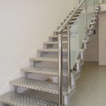 Лестницы на косоурах: фото 21