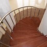 Лестницы на больцах: фото 22