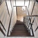 Лестницы на больцах: фото 29