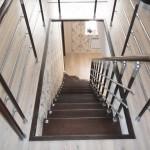 Лестницы на больцах: фото 30