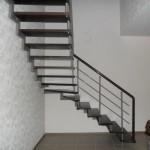 Лестницы на больцах: фото 10