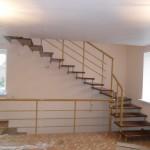 Лестницы с поворотом 90 градусов фото 15