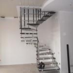 Лестницы на больцах: фото 2