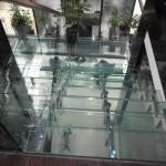Лестницы из стекла: фото 2