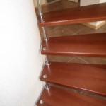 Лестницы на больцах: фото 26