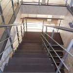 Лестницы с площадкой: фото 29